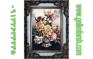 تابلو فرش ماشینی طرح گلدان رز کد 60